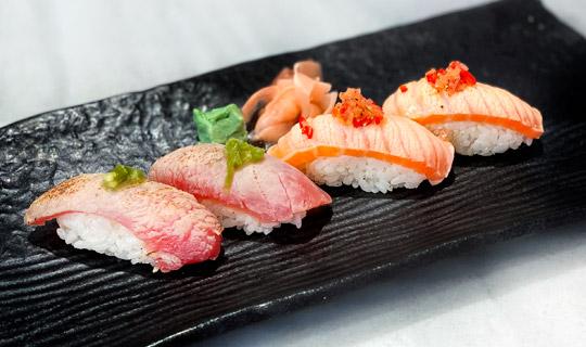 Royal_Sushi_Aburi_Nigiri