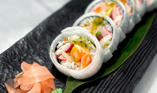 Royal_Sushi_Seafood_Futomaki