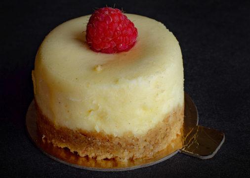 Mascarpone Cheesecake Slice